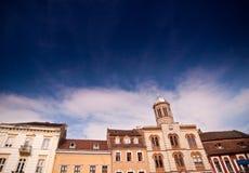 Vieilles constructions sous le ciel Photos libres de droits