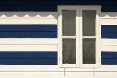 Vieilles fenêtres dans le thème nautique Image stock