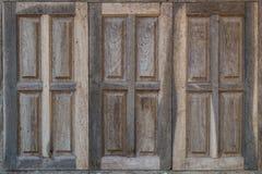 Vieilles fenêtres de vintage Images libres de droits