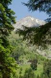 Vieilles huttes de montagne aux montagnes de Kackar photos libres de droits