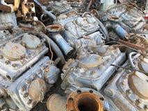 Vieilles machines et pièces soviétiques en métal Image stock