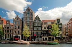 Vieilles maisons à Amsterdam Photo stock
