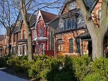 Vieilles maisons avec des pignons Images libres de droits
