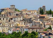 Vieilles maisons dans Altomonte, Italie Photographie stock libre de droits
