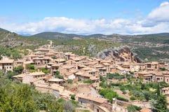 Vieilles maisons dans la ville d'Alquezar Image libre de droits