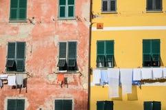Vieilles maisons dans le village de Vernazza, site de patrimoine mondial de l'UNESCO, Cinque Terre, Ligurie, Italie Photos libres de droits