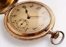 Vieilles montres avec des repères d'utilisation photos libres de droits