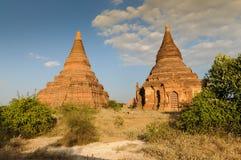 Vieilles pagodas dans Bagan Images stock
