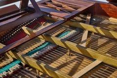 Vieilles pièces d'intérieur de piano Images stock
