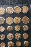 Vieilles pièces de monnaie antiques au musée de Louxor chez l'Egypte Images stock
