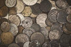 Vieilles pièces de monnaie oxydées Images libres de droits