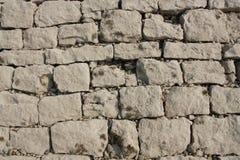 Vieilles pierres de rivage Photographie stock