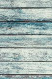 Vieilles planches en bois minables vertes avec la peinture criquée de couleur Image stock