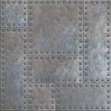Vieilles plaques de métal souillées avec des rivets fond ou texture sans couture images stock