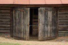Vieilles portes âgées Photographie stock