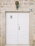 Vieilles portes blanches Texture en bois Photo libre de droits