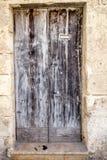 Vieilles portes européennes qui ont survécu à l'essai du temps Photographie stock