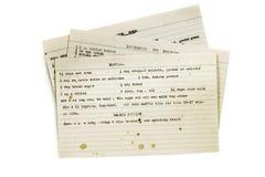 Vieilles recettes dactylographiées sur des fiches d'isolement photos stock