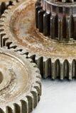 Vieilles roues dentées superficielles par les agents rouillées pour le macro d'outillage industriel Photos stock
