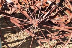 Vieilles roues en métal Photos stock