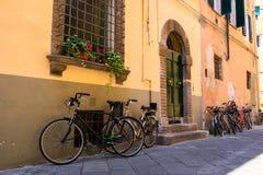 Vieilles rues de Lucques, Italie Photo stock