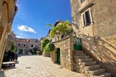 Vieilles rues en pierre de diplômé de Stari Photo libre de droits