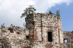 Vieilles ruines polonaises de château Image libre de droits