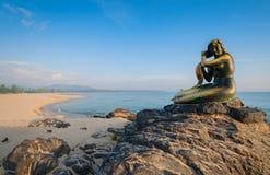 Vieilles statues de sirène Images stock