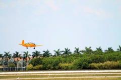 Vieilles terres d'avion de marine Image stock