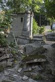 Vieilles tombes ruinées photos stock