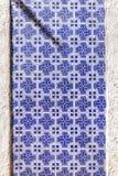 Vieilles tuiles en céramique portugaises typiques de mur et x28 ; Azulejos& x29 ; à Lisbonne, Images libres de droits