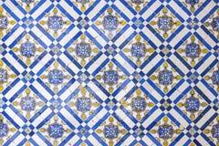 Vieilles tuiles en céramique portugaises typiques de mur et x28 ; Azulejos& x29 ; à Lisbonne, Photographie stock