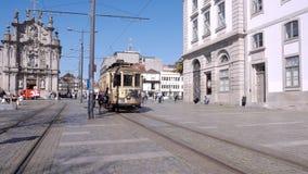 Vieilles voitures historiques de tram à Porto, Portugal photo libre de droits