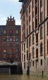 Vieja arquitectura de HafenCity Hamburgo - Alemania Fotografía de archivo libre de regalías