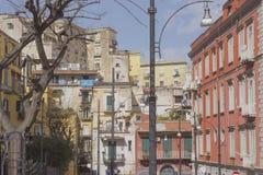 Vieja arquitectura italiana de Italia del sur Nápoles Imagen de archivo libre de regalías