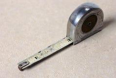 Vieja cinta métrica fotos de archivo