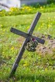 Vieja cruz de madera Foto de archivo