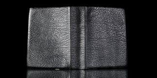 Vieja cubierta de libro de cuero, textura del vintage reflejada Foto de archivo libre de regalías