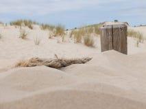 Vieja cuerda en la arena Imágenes de archivo libres de regalías