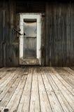 Vieja entrada abandonada de la casa del grunge Fotografía de archivo libre de regalías