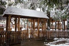 Vieja entrada de madera de la puerta Imagen de archivo libre de regalías
