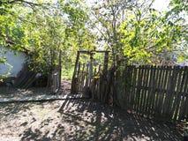 Vieja entrada de madera de la puerta Imagen de archivo