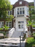 Vieja entrada del edificio Foto de archivo