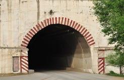 Vieja entrada del túnel Fotos de archivo
