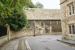 Vieja escena de la calle de la ciudad en Oxford Inglaterra fotografía de archivo