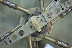 Vieja estación espacial que bloquea la portilla Fotos de archivo libres de regalías