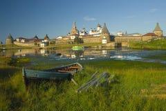 Vieja fortaleza en la isla Imagen de archivo libre de regalías