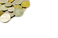 Vieja frontera de las monedas en el fondo blanco Fotografía de archivo libre de regalías