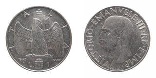 Vieja lira italiana con el rey de Vittorio Emanuele III aislado sobre blanco Imagenes de archivo