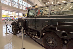 Vieja Mercedes-Benz Model 1939 G4 Offener que viaja al carro que una vez Fotografía de archivo